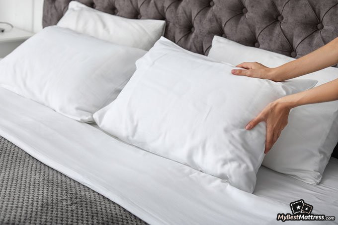 Sleeping without a pillow: pillows