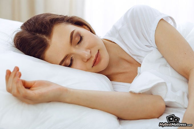 Sleeping Without A Pillow Is It Really Better For Your Body